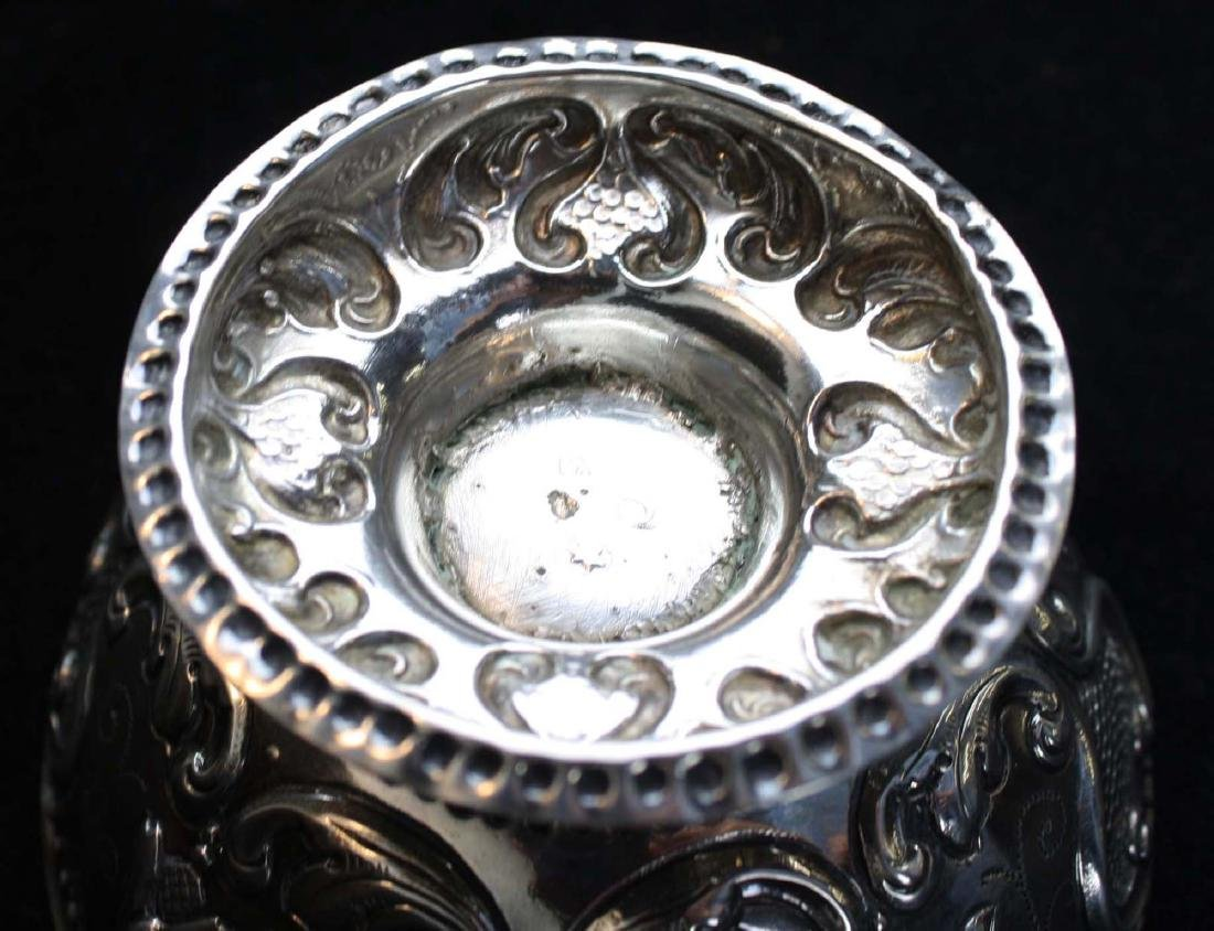 19th c. Dutch repousse silver footed bowl - 5