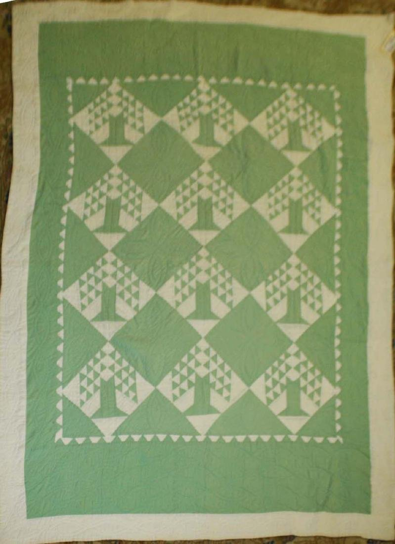 early 20th c basket pattern pieced quilt - 2