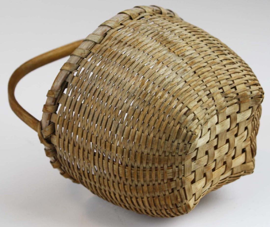 small Shaker cat's head basket - 2
