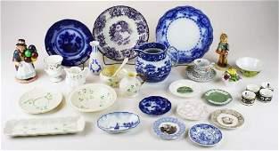 30 pcs of fine porcelain incl. Belleek, Wedgwood