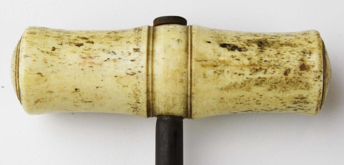 mid 19th c scrimshaw boot hook - 5