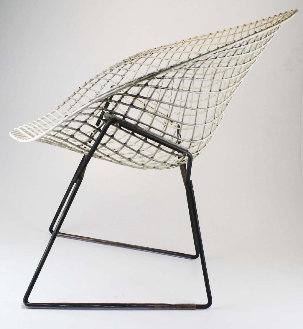 Pair of Bertoia style steel lounge chairs - 4