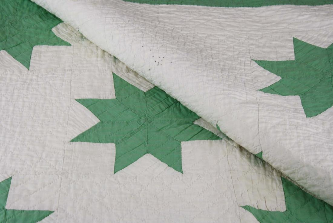 early 20th c green & white star pattern quilt - 3