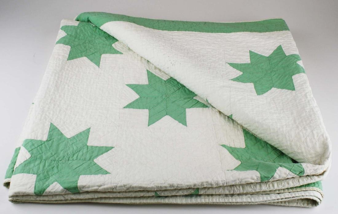 early 20th c green & white star pattern quilt - 4
