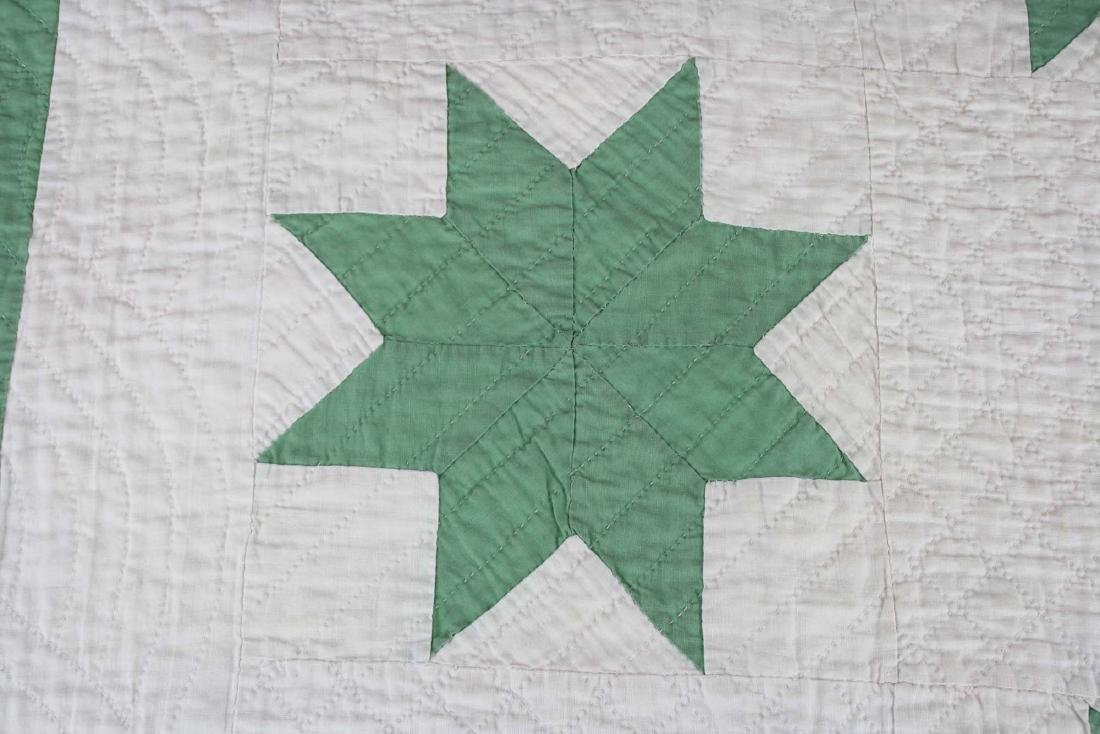early 20th c green & white star pattern quilt - 5