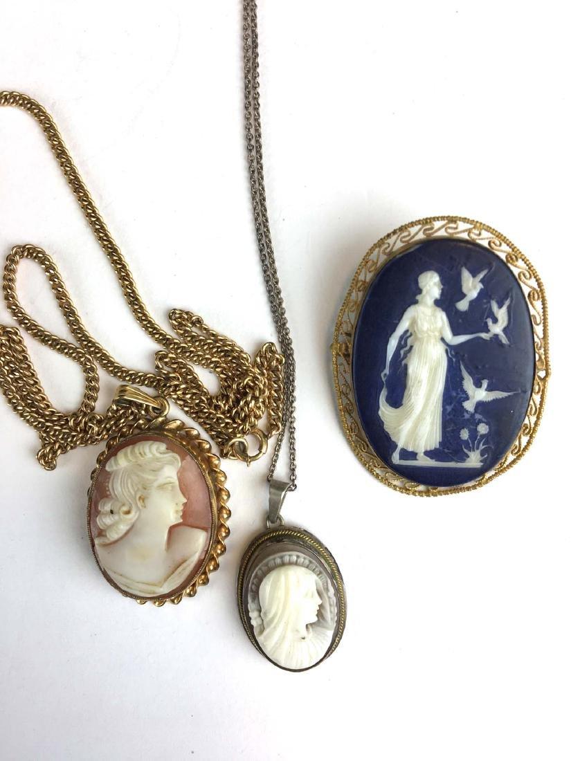 3 Victorian cameo pendant / brooches.