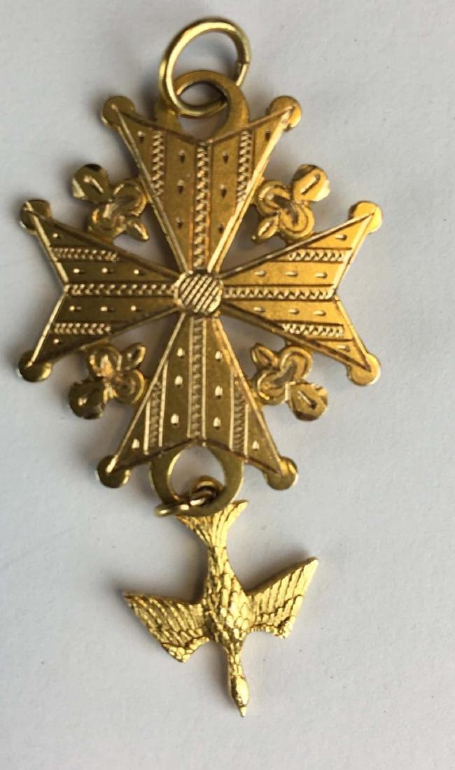 14k yellow gold pendant with bird - 2