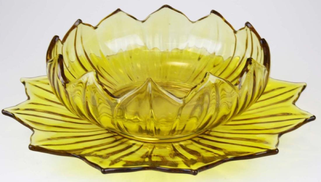 Westmoreland yellow lotus centerpiece set - 2