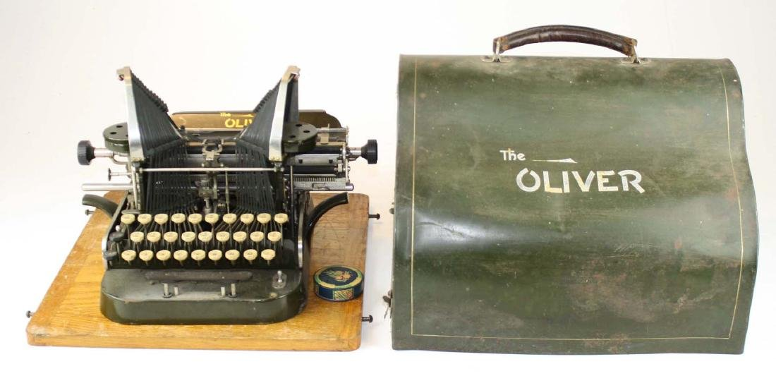 early 20th c Oliver typewriter w/ case