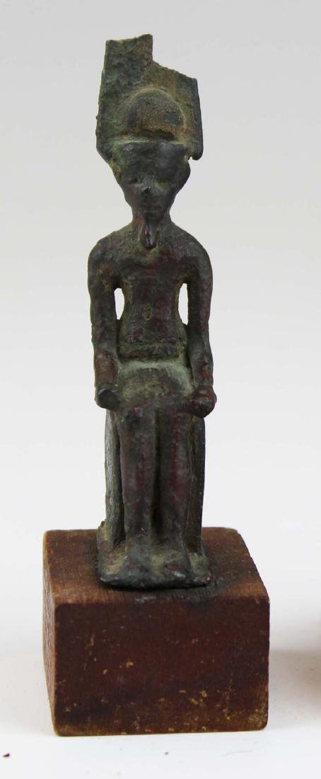 Ancient Egyptian bronze seated figure of Horus - 3