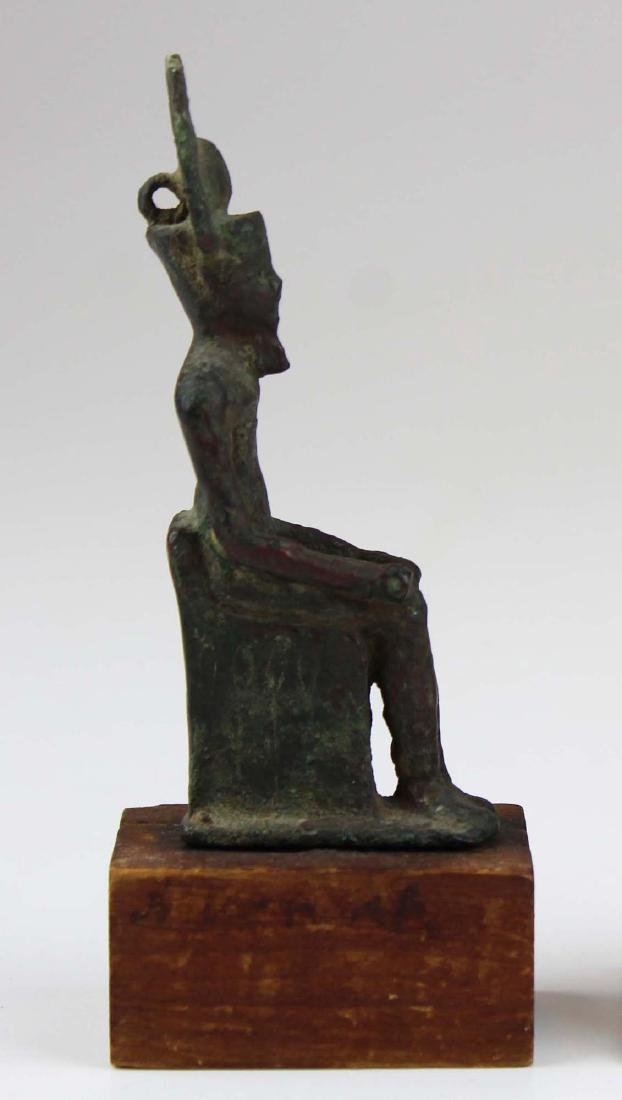 Ancient Egyptian bronze seated figure of Horus - 4