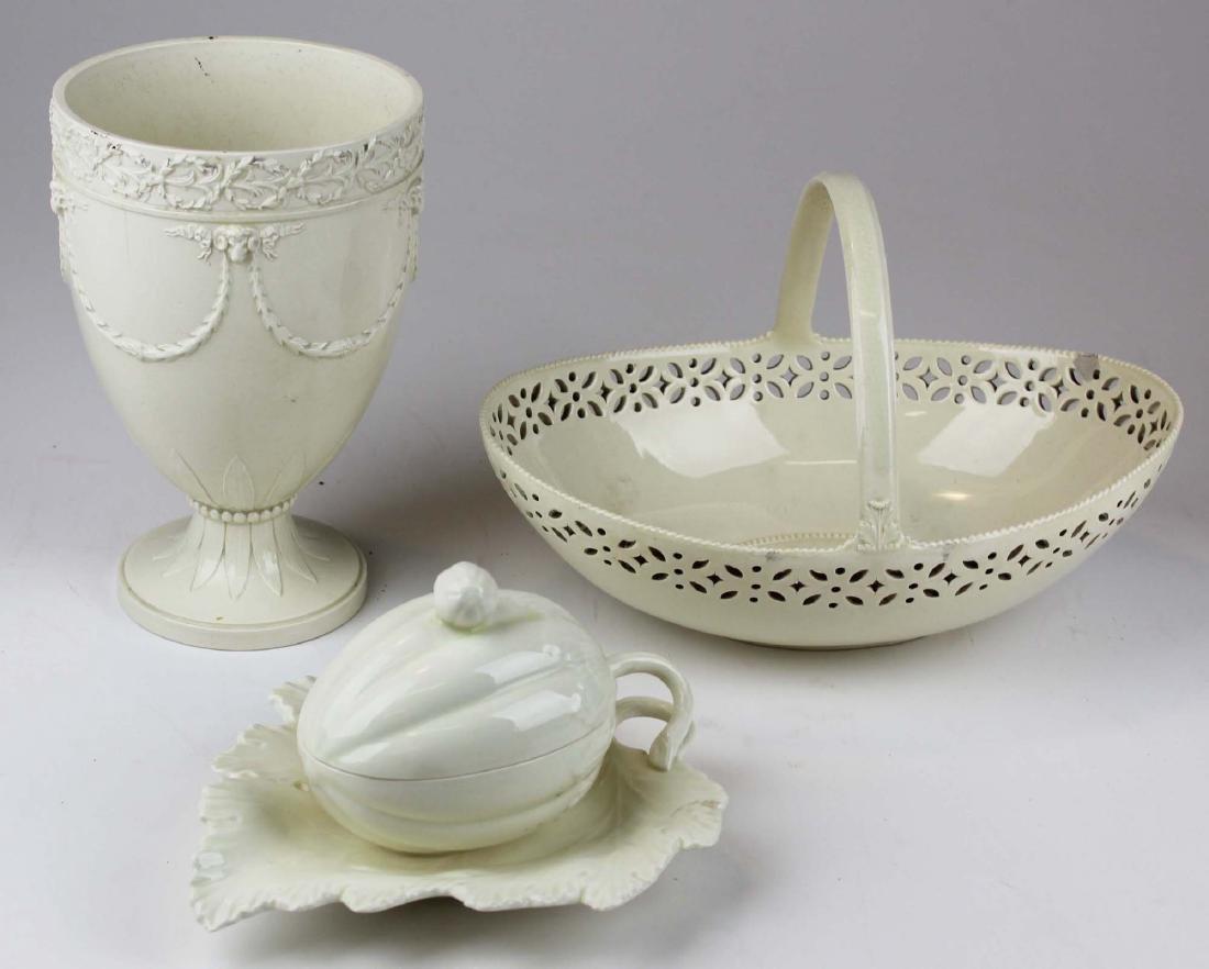 3 pcs of Wedgwood creamware pottery