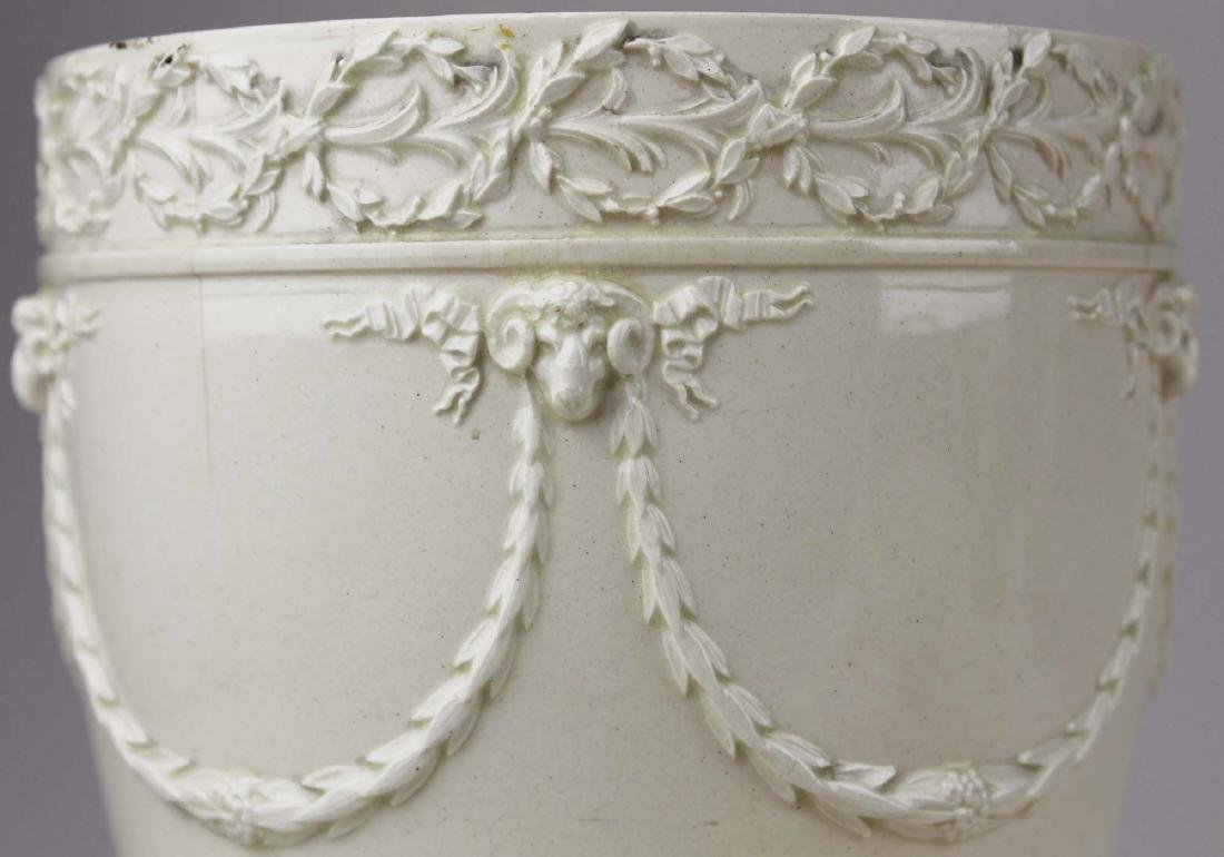 3 pcs of Wedgwood creamware pottery - 2