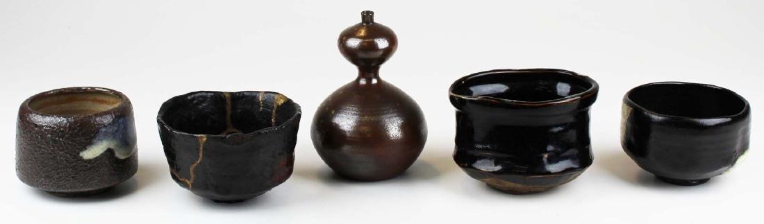 five old Japanese Raku bowls & vase - 2