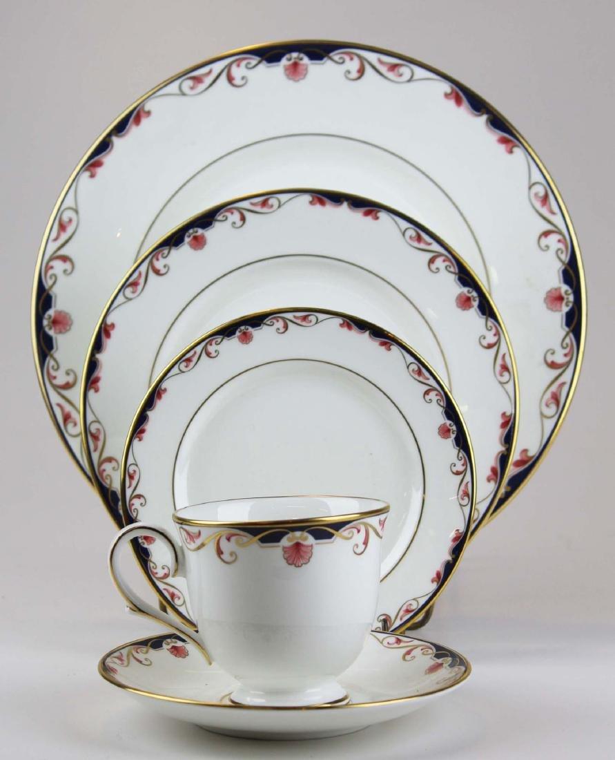 34 pcs Lenox Georgian Shell porcelain dinnerware