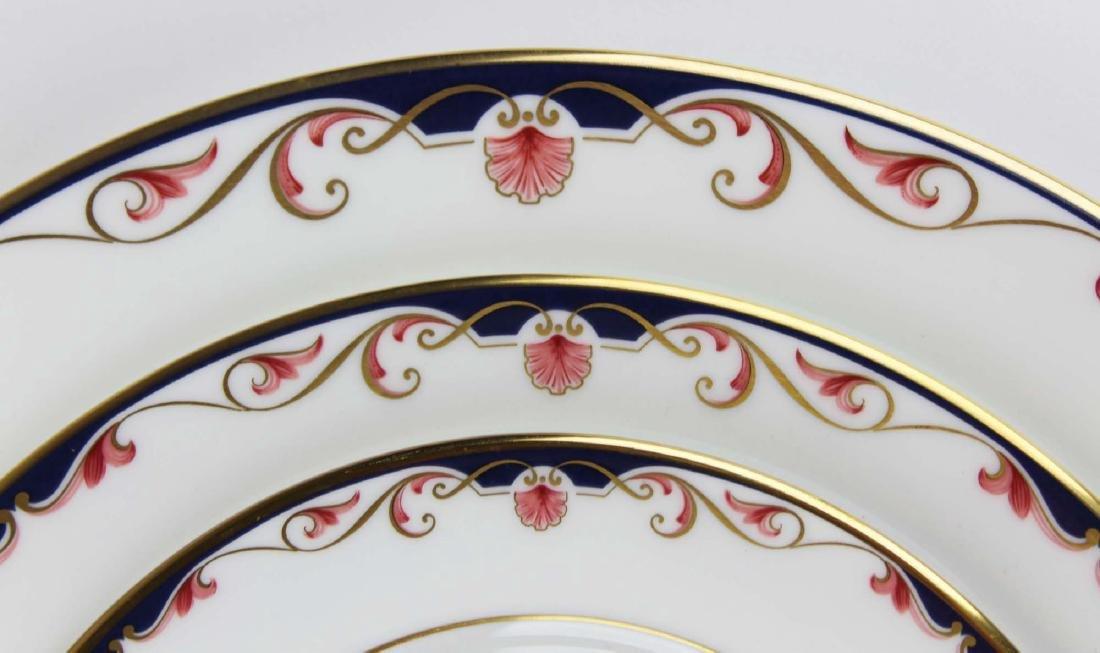 34 pcs Lenox Georgian Shell porcelain dinnerware - 2