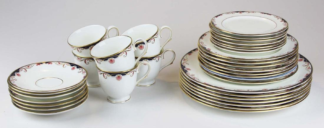 34 pcs Lenox Georgian Shell porcelain dinnerware - 5