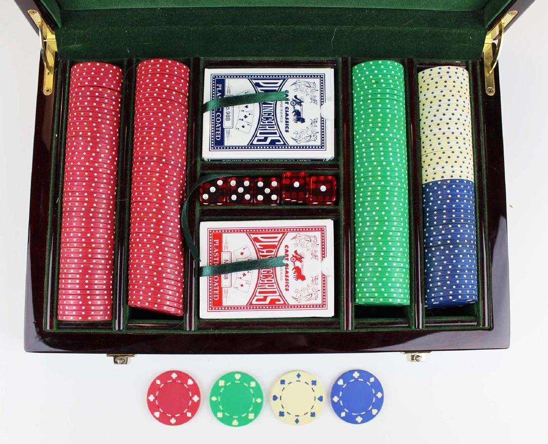 Tizo cased poker chip set - 2