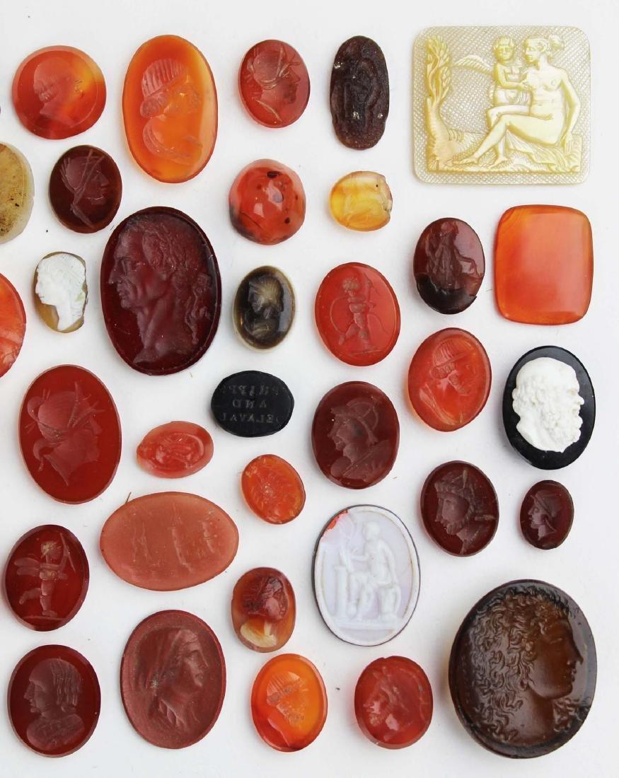 lot of intaglio carved carnelian medallions - 4