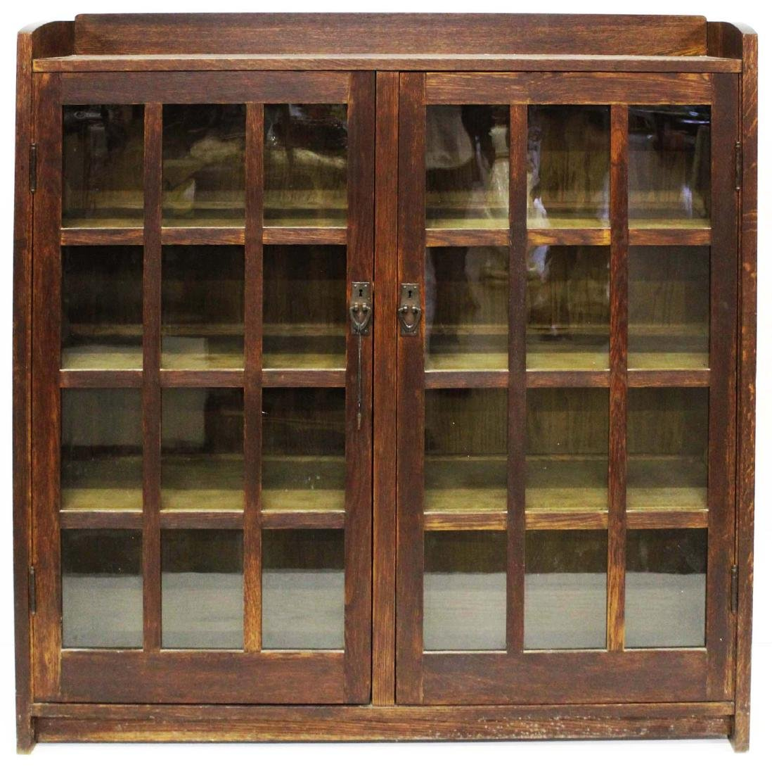 Gustav Stickley Mission oak 2 door bookcase