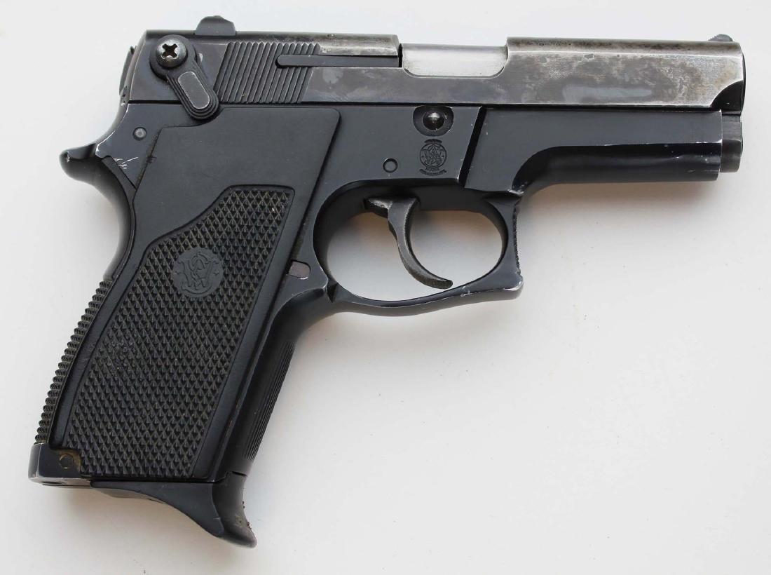 S&W Model 469 pistol in 9mm Parabellum - 3