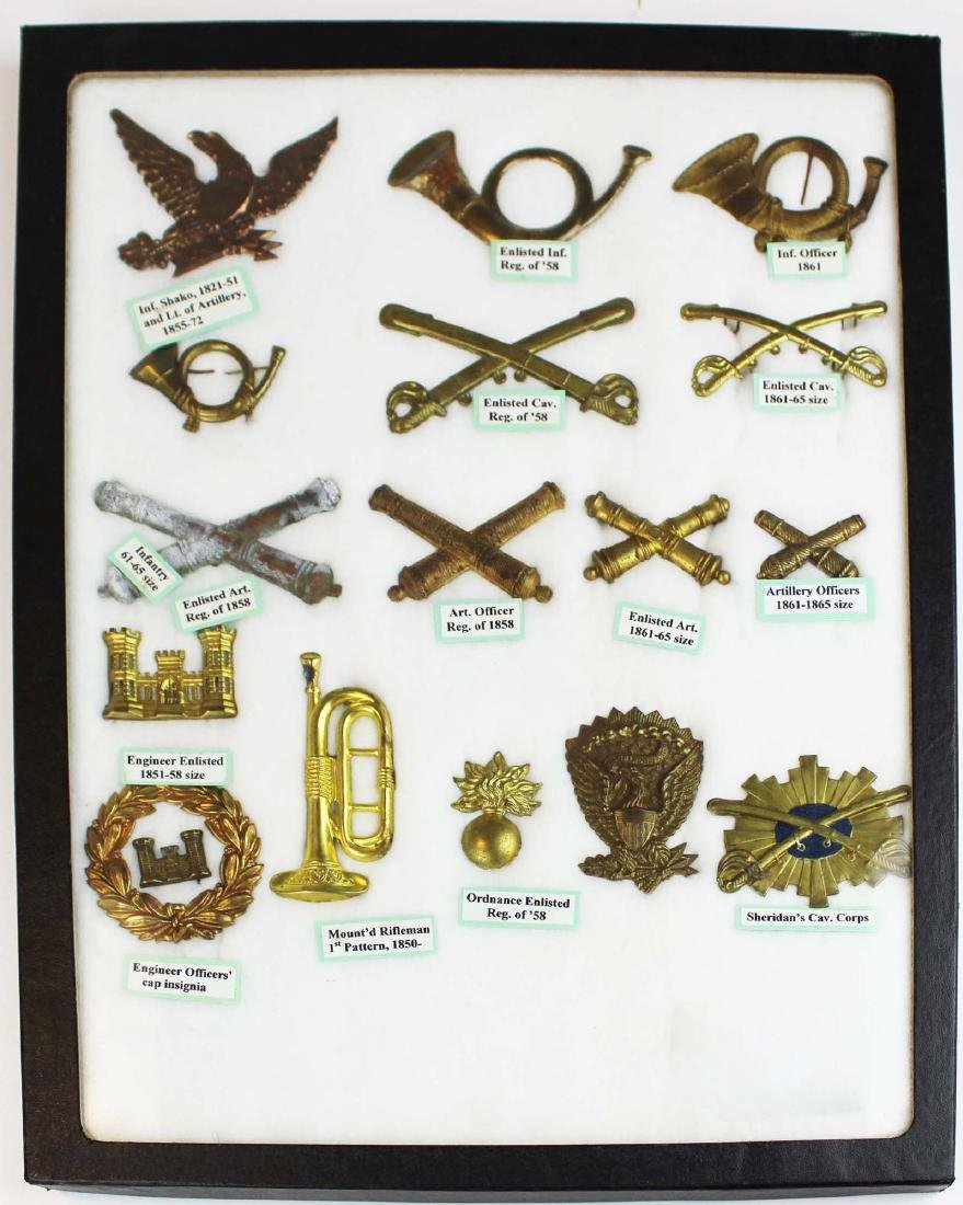 Civil War era hat badge collection (16 pcs)