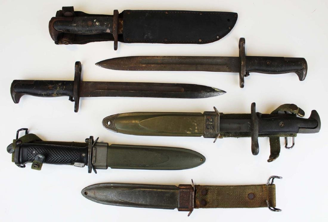 US Vietnam War era bayonets & knives
