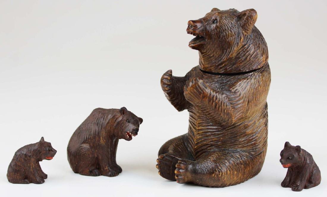 Four minature ca. 1900 bear carvings