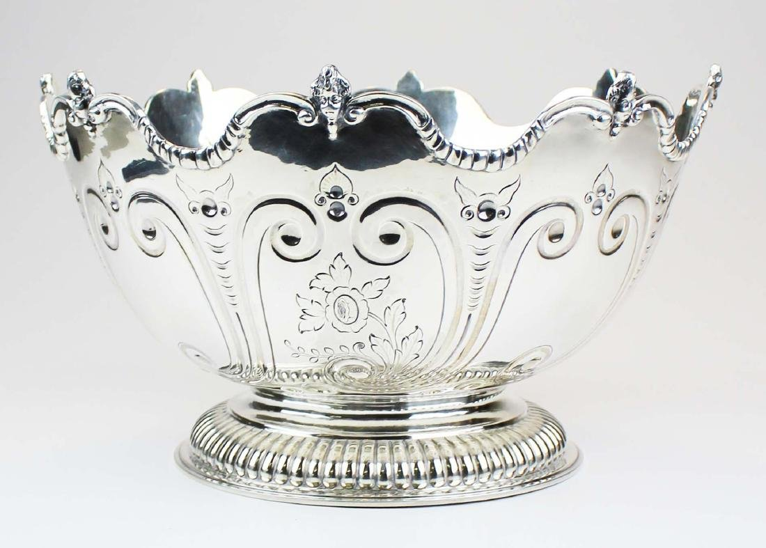1765-66 London sterling Monteith footed bowl