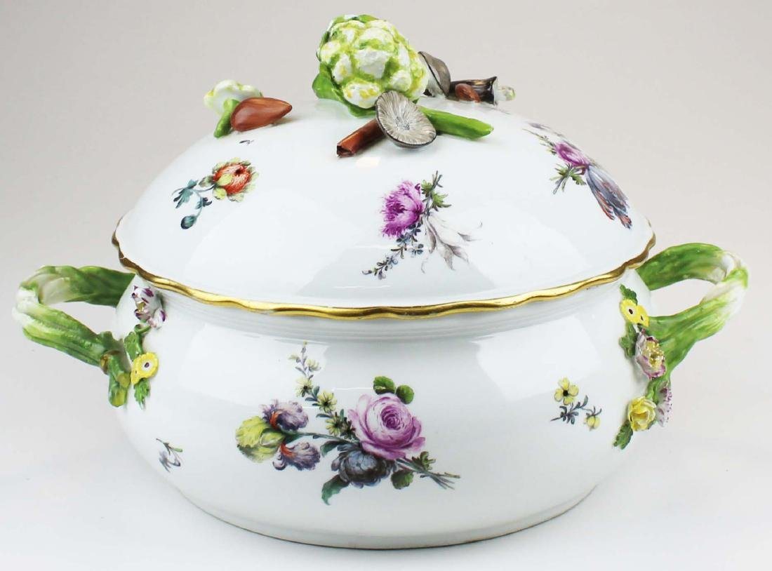 Meissen covered dish with applied vegetables