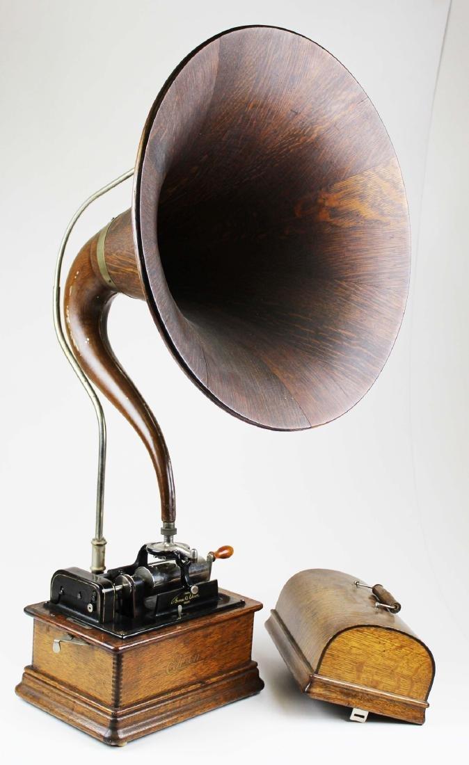 Edison cylinder phonograph w/ oak cygnet horn