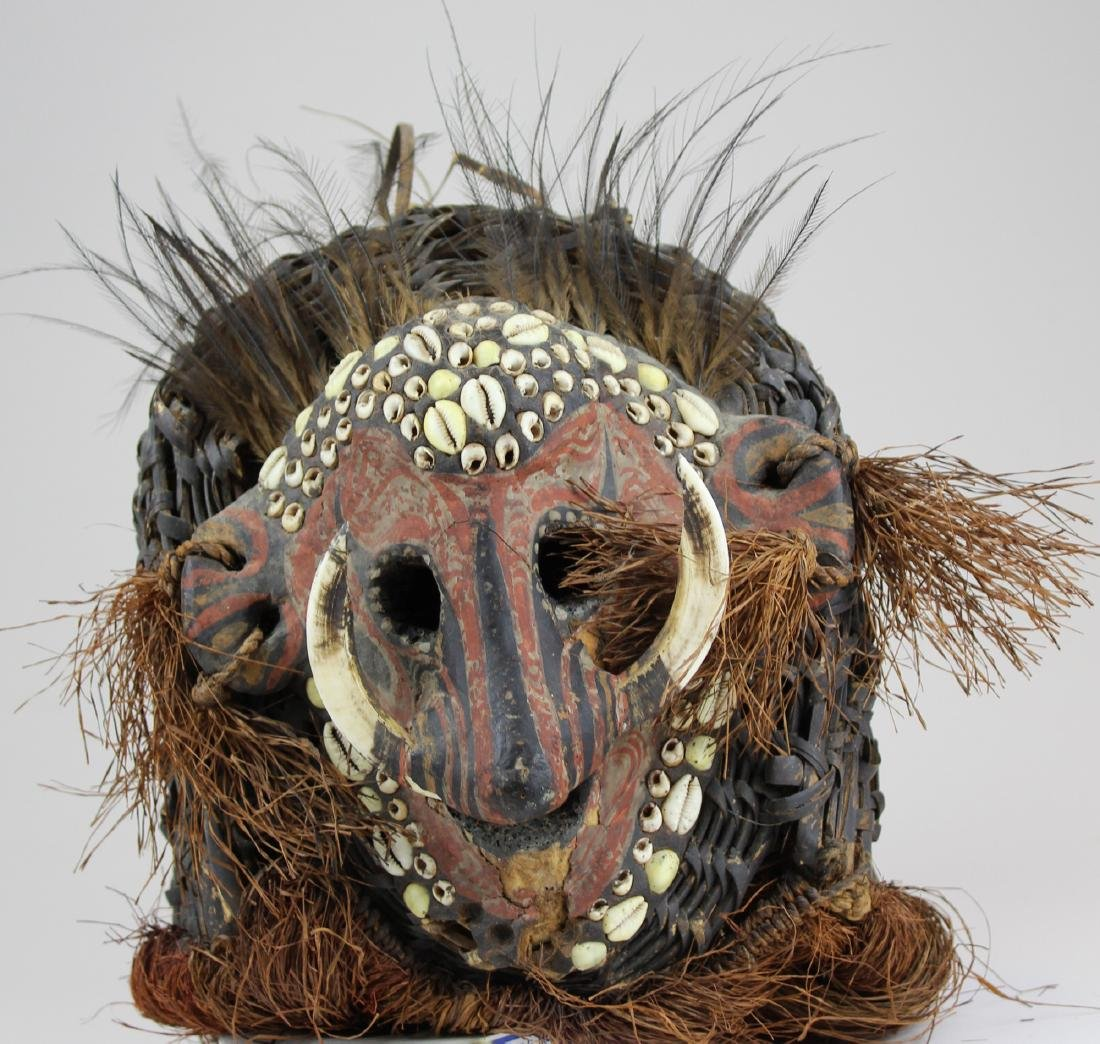 mid 20th c Papua New Guinea ceremonial mask