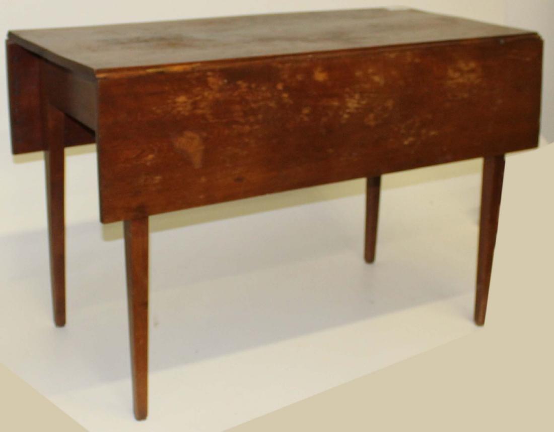 19th c Hepplewhite walnut table