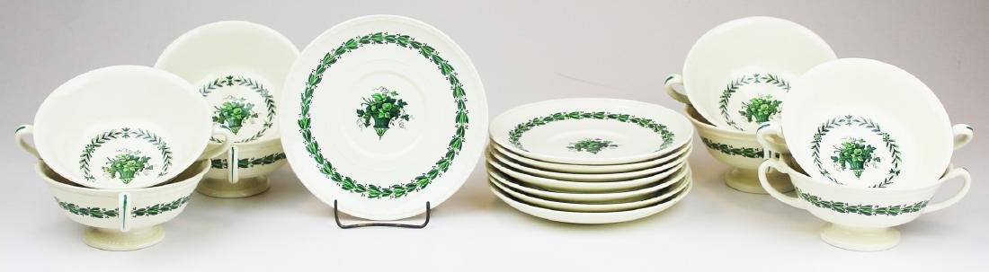 """8 Wedgwood Colonial """"Hereford"""" bouillon soups"""