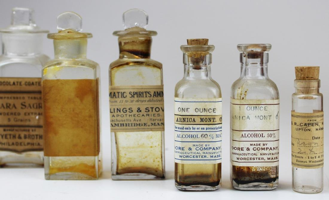 19th c walnut Pharmaceutical drug case - 7