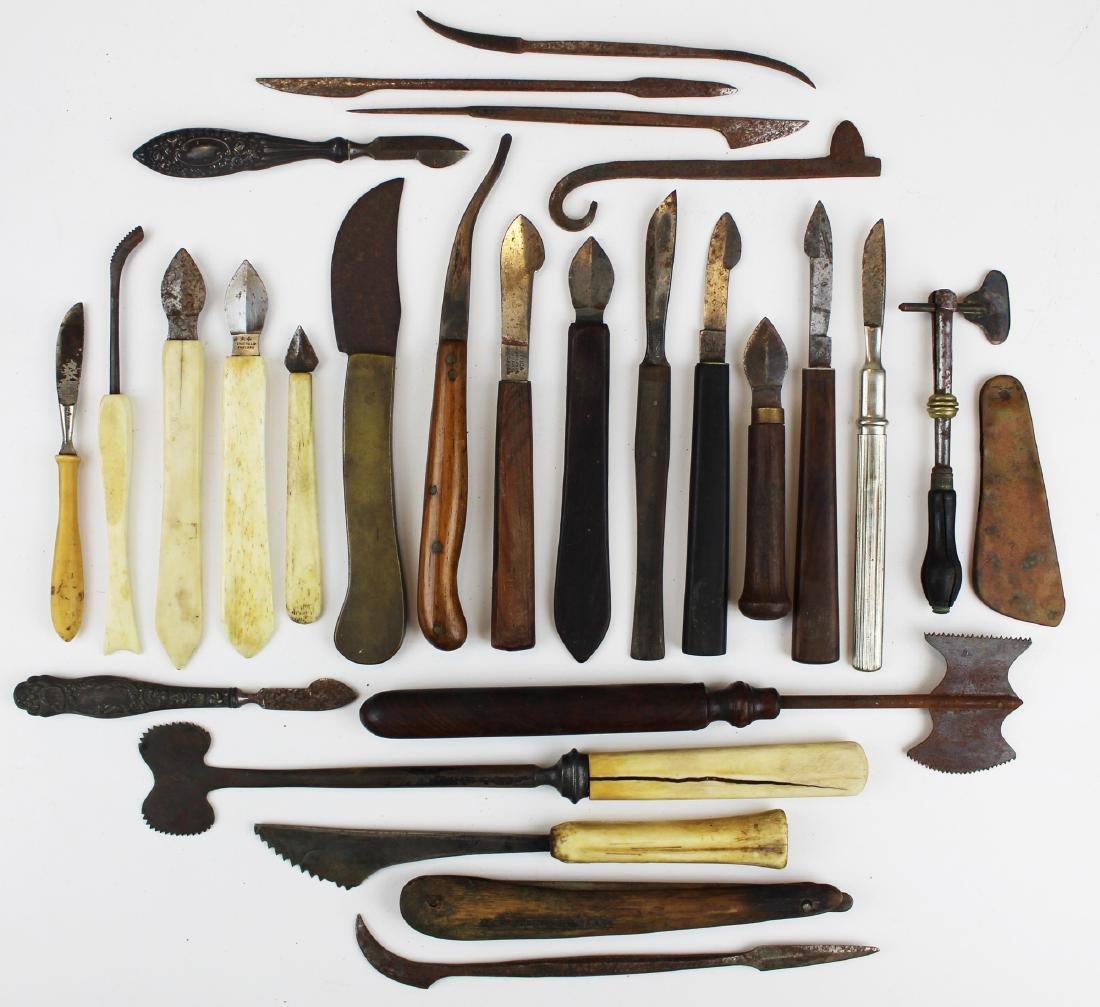 27 18th & 19th c surgical knives, razors & cutting