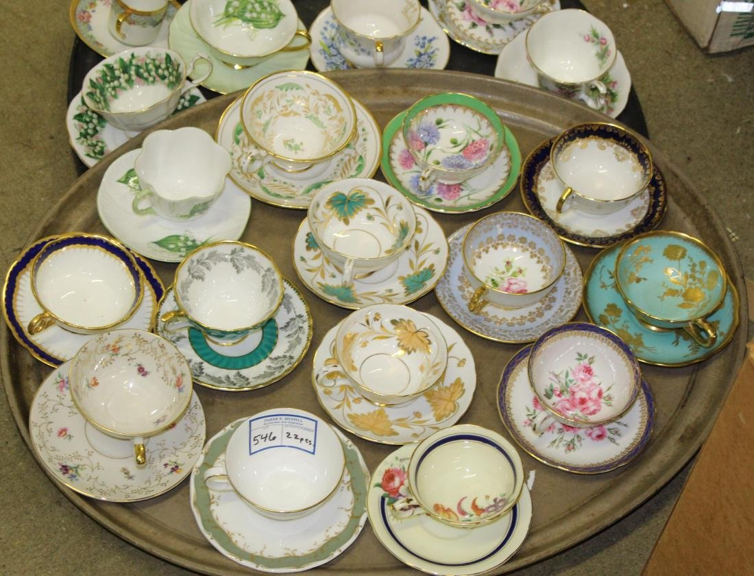 Collection of 22 porcelain cups and saucers