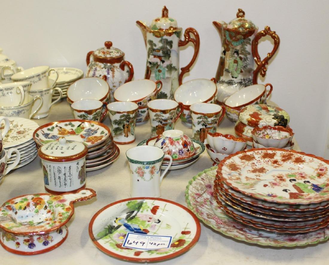 42 pcs. Japanese early 20th c. porcelain