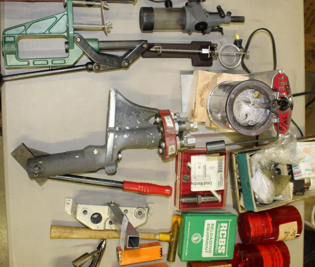 Lot of Misc reloading tools and dies - 2