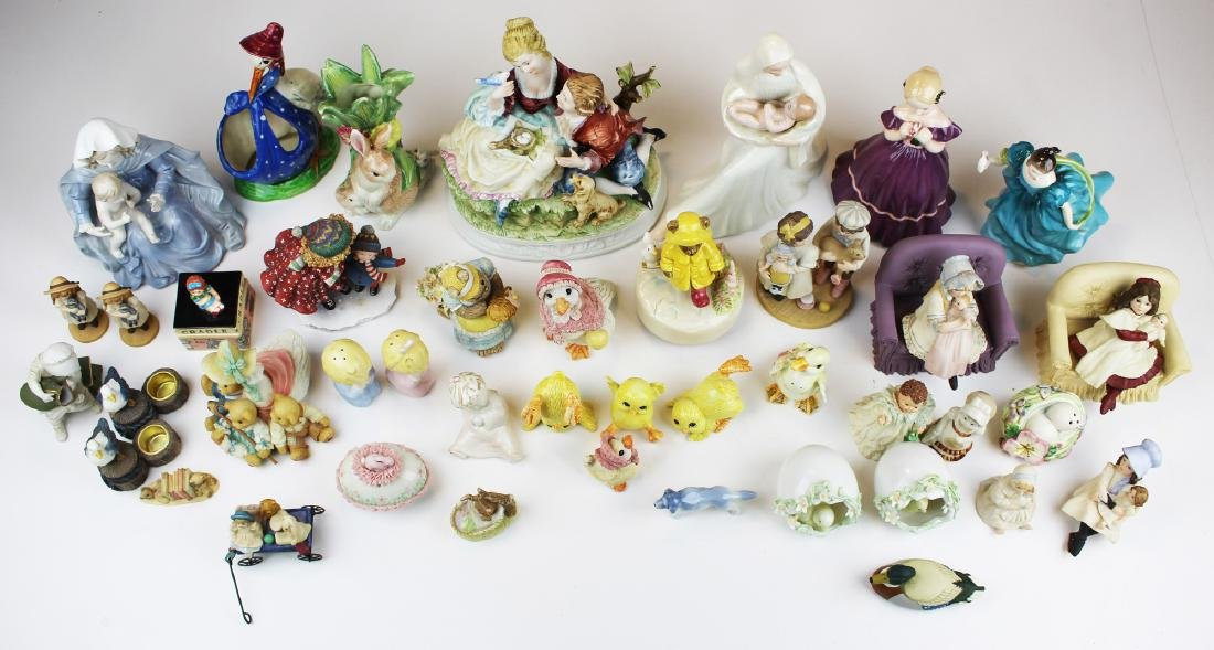 lot of porcelain and resin collectible figurines - 2
