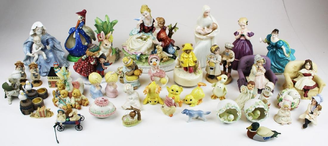 lot of porcelain and resin collectible figurines - 3