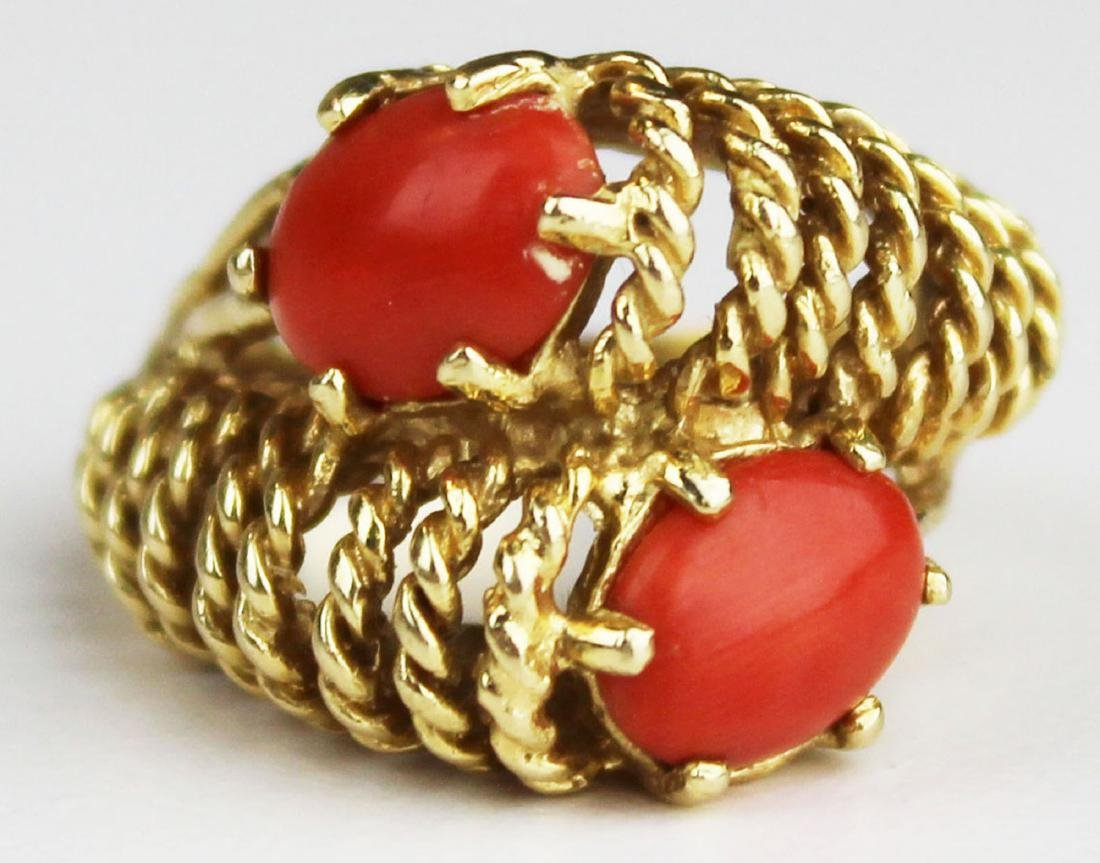Red coral & yellow gold ring