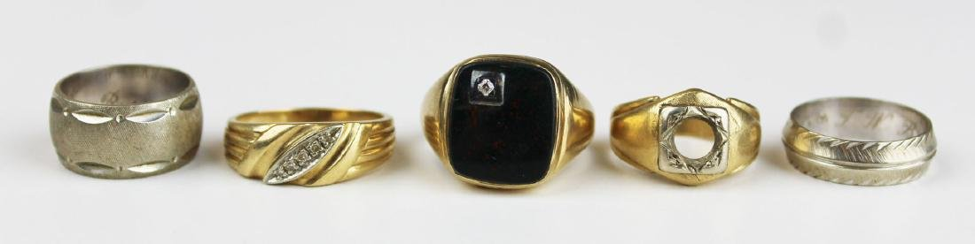 A group of 5 14k gold rings