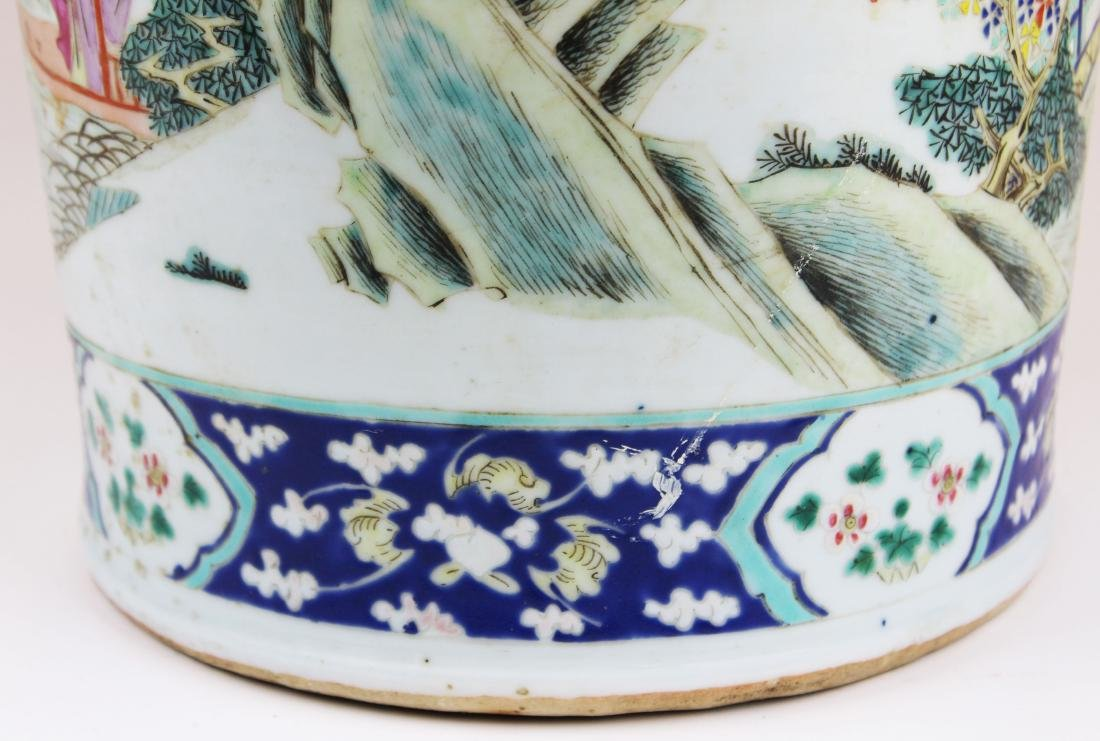 early 19th c Chinese rose medallion vase - 8