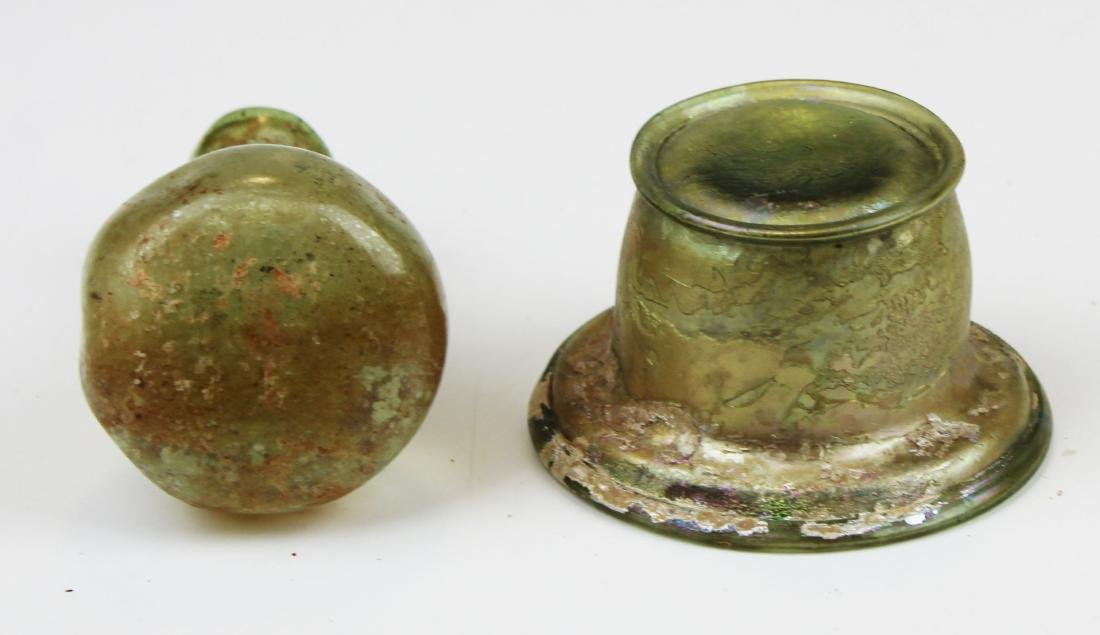 2 Roman glass vessels - 7
