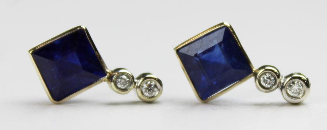 Pair of 4 ct sapphire and diamond earrings - 3