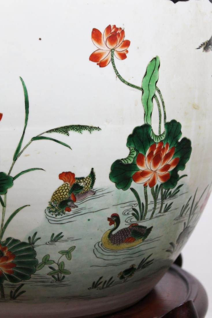 late 20th c Chinese Famille verte fish bowl - 4