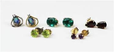 5 pair of stud & yellow gold earrings