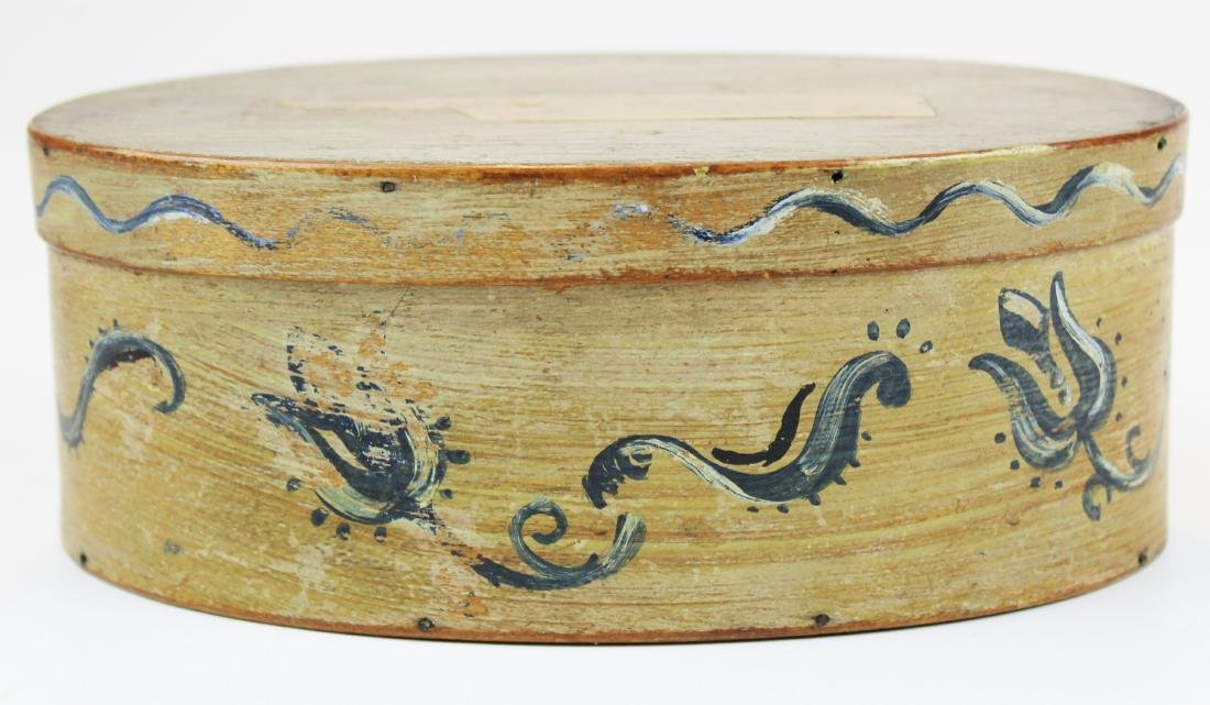 early 19th c Shaker oval box