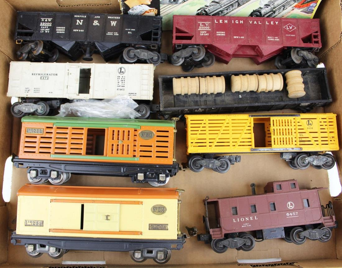 Lionel O gauge cars incl 813, 814